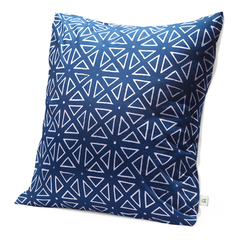 Midnight | Handmade linen cushion 45x45