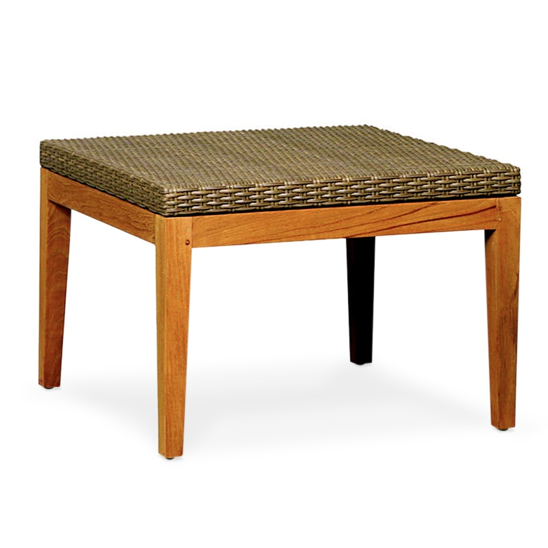 Crest | Synthetic rattan coffee table