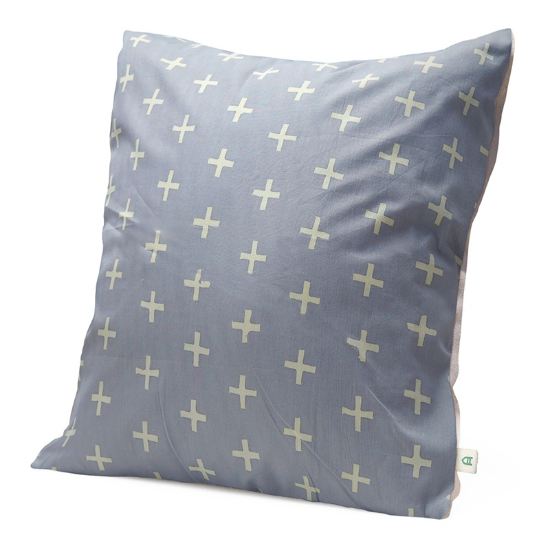 Cross | Handmade linen cushion 45x45