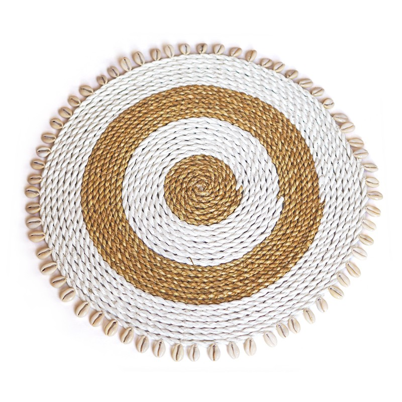 Seashell | White & Natural rattan placemat