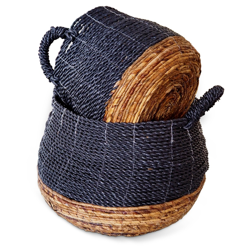 Umbrella | Rattan basket